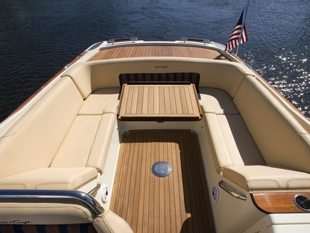 Chris Craft Launch 30, 2019 Model for Sale by Premier Marine